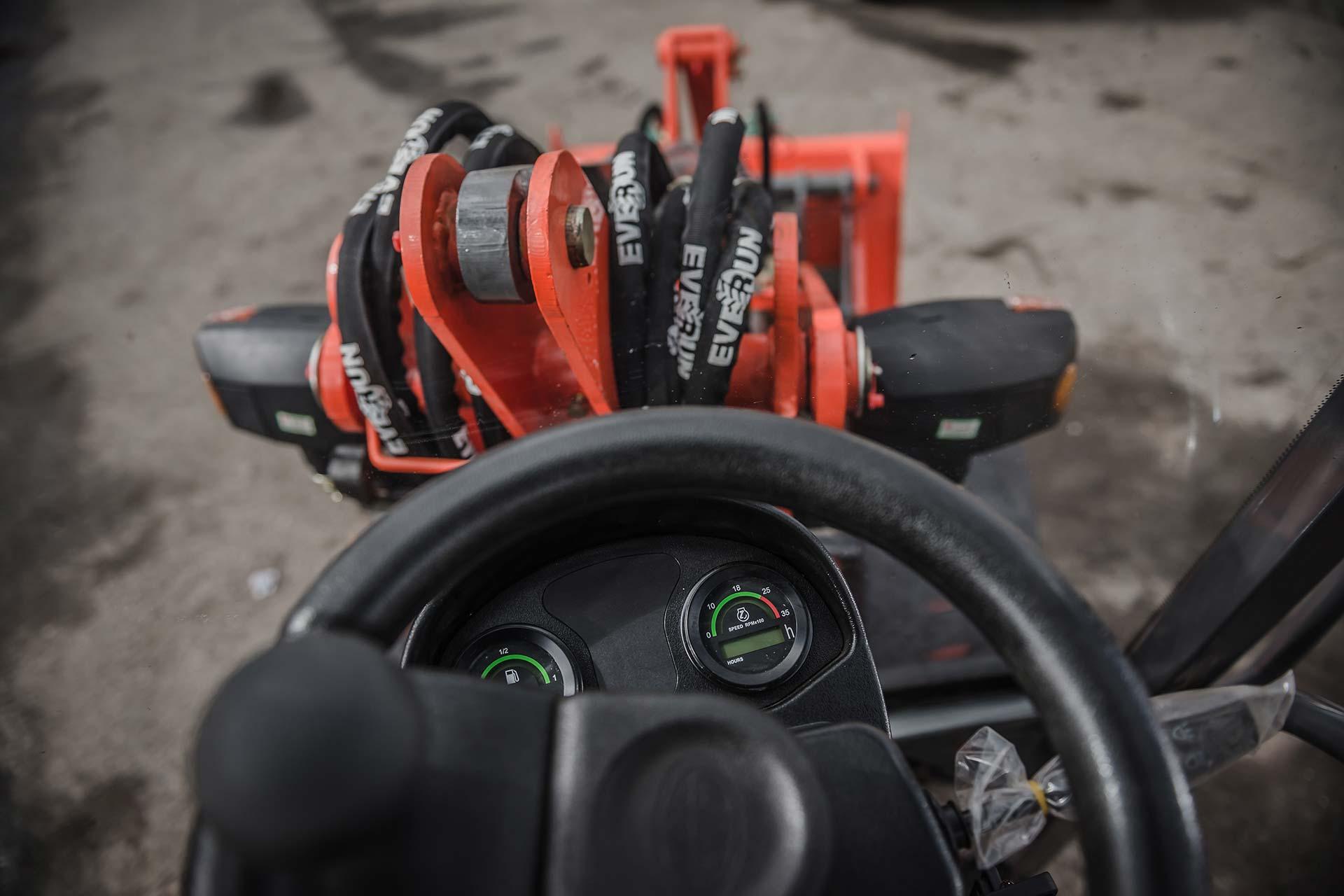 Everun ER 06 4WD Hoflader